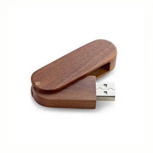 USB Stick aus Walnuss Holz